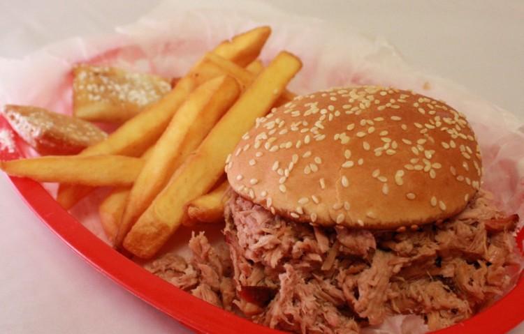 Oink-Oink-Chopped-Beef